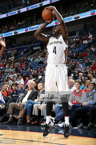 James Ennis of the New Orleans Pelicans shoots the ball during the game against the Denver Nuggets on March 31 2016 at the Smoothie King Center in...