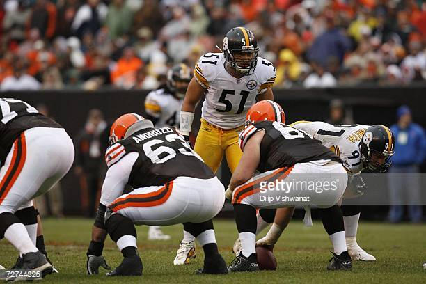 James Farrior of the Pittsburgh Steelers awaits the snap against the Cleveland Browns at Cleveland Browns Stadium on November 19, 2006 in Cleveland,...