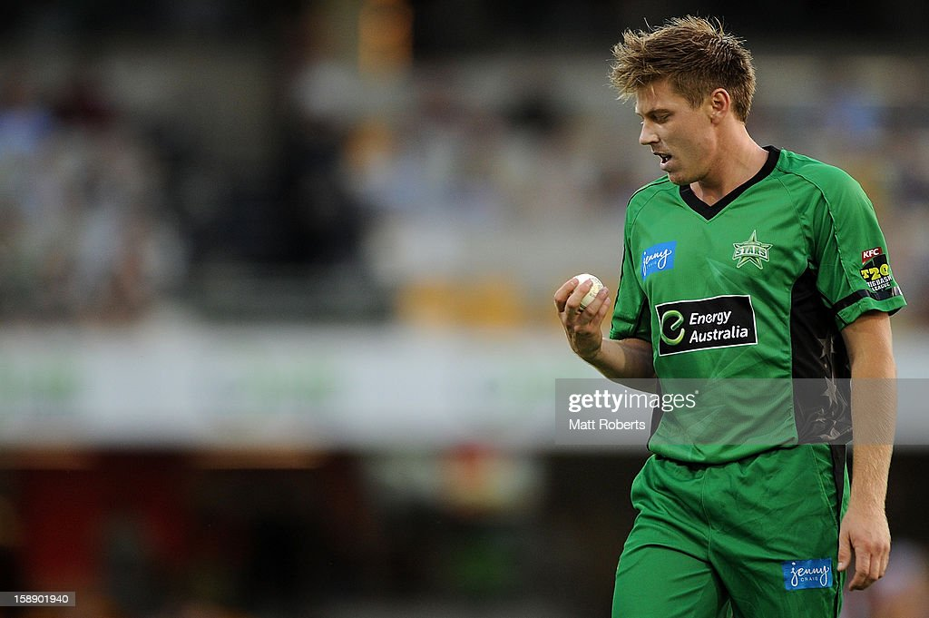 James Faulkner of the Stars prepares to bowl during the Big Bash League match between the Brisbane Heat and the Melbourne Stars at The Gabba on January 3, 2013 in Brisbane, Australia.