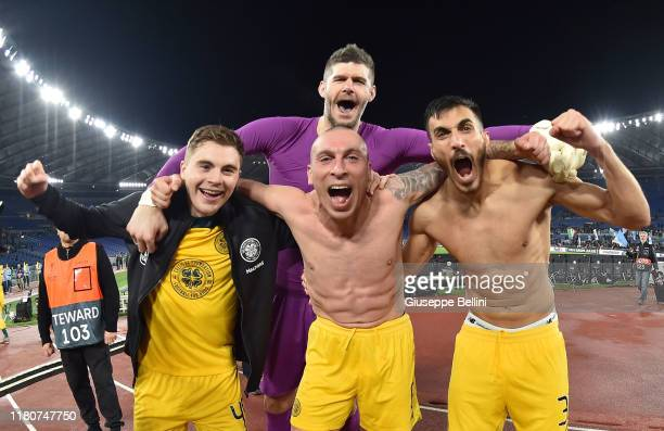 James Forrest, Hatem Abd Elhamed,Scott Brown and Fraser Forster of Celtic FC celebrate the victory after the UEFA Europa League group E match between...