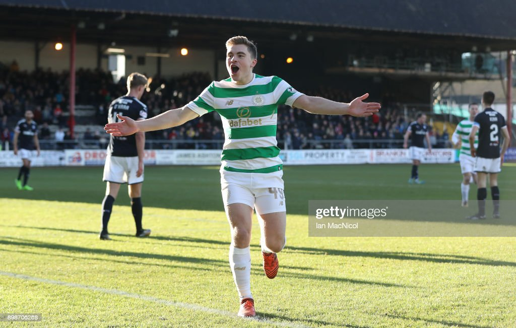 Dundee v Celtic - Scottish Premier League : News Photo