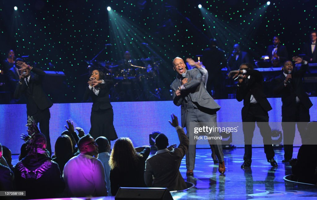 james fortune \u0026 fiya stock photos and picturesjames fortune fiya perform during the 27th annual stellar awards at the grand ole opry house
