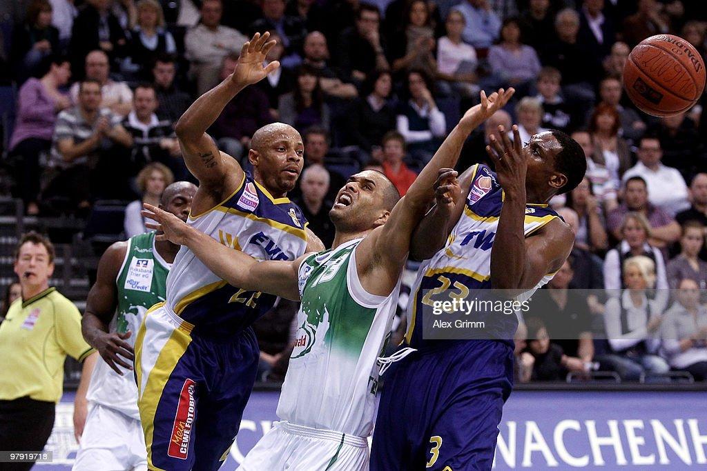 TBB Trier v EWE Baskets Oldenburg - Beko BBL
