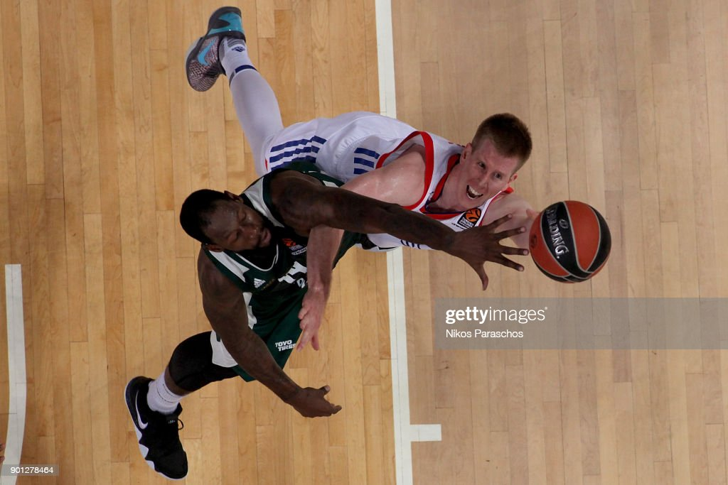 James Gist, #14 of Panathinaikos Superfoods Athens competes with Brock Motum, #12 of Anadolu Efes Istanbul during the 2017/2018 Turkish Airlines EuroLeague Regular Season Round 16 game between Panathinaikos Superfoods Athens and Anadolu Efes Istanbul at Olympic Sports Center Athens on January 4, 2018 in Athens, Greece.
