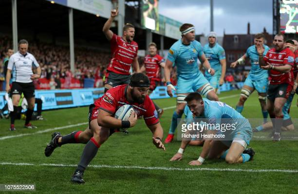 James Hanson of Gloucester dives over to scrore the first try during the Gallagher Premiership Rugby match between Gloucester Rugby and Worcester...