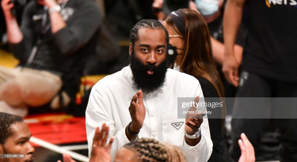 Celebrities Attend Brooklyn Nets v Milwaukee Bucks Game : News Photo