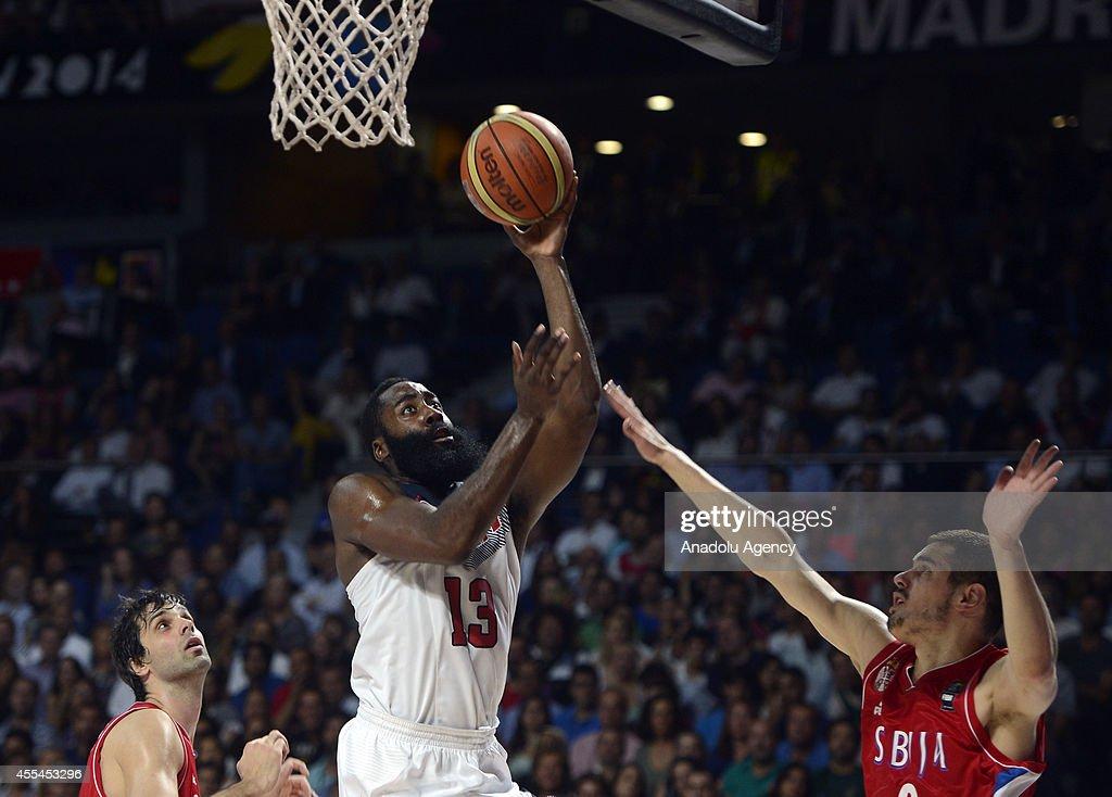 Serbia v USA - 2014 FIBA World Basketball Championship : News Photo