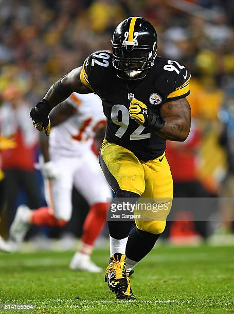 James Harrison of the Pittsburgh Steelers in action during the game against the Kansas City Chiefs at Heinz Field on October 2 2016 in Pittsburgh...