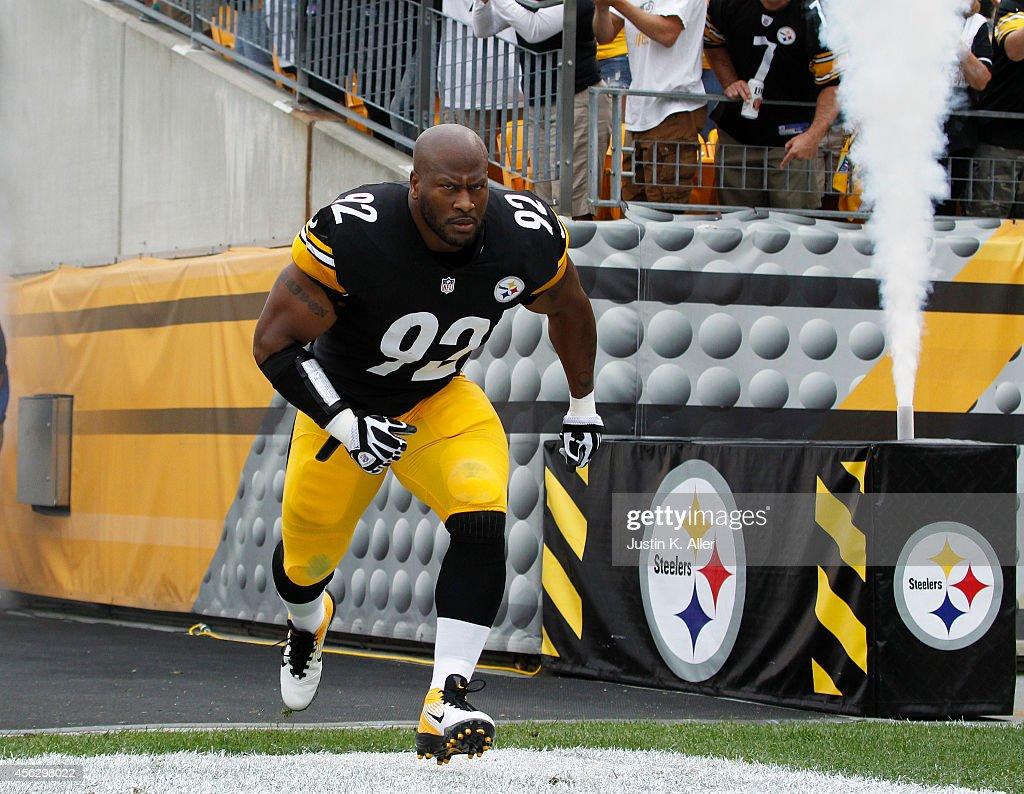 Tampa Bay Buccaneers v Pittsburgh Steelers : News Photo