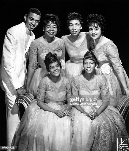 James Herndon Albertina Walker Inez Andrews Johnnie Erin Davis aka Johneron Davis and Cassietta George and Shirley Caesar of the gospel group 'The...