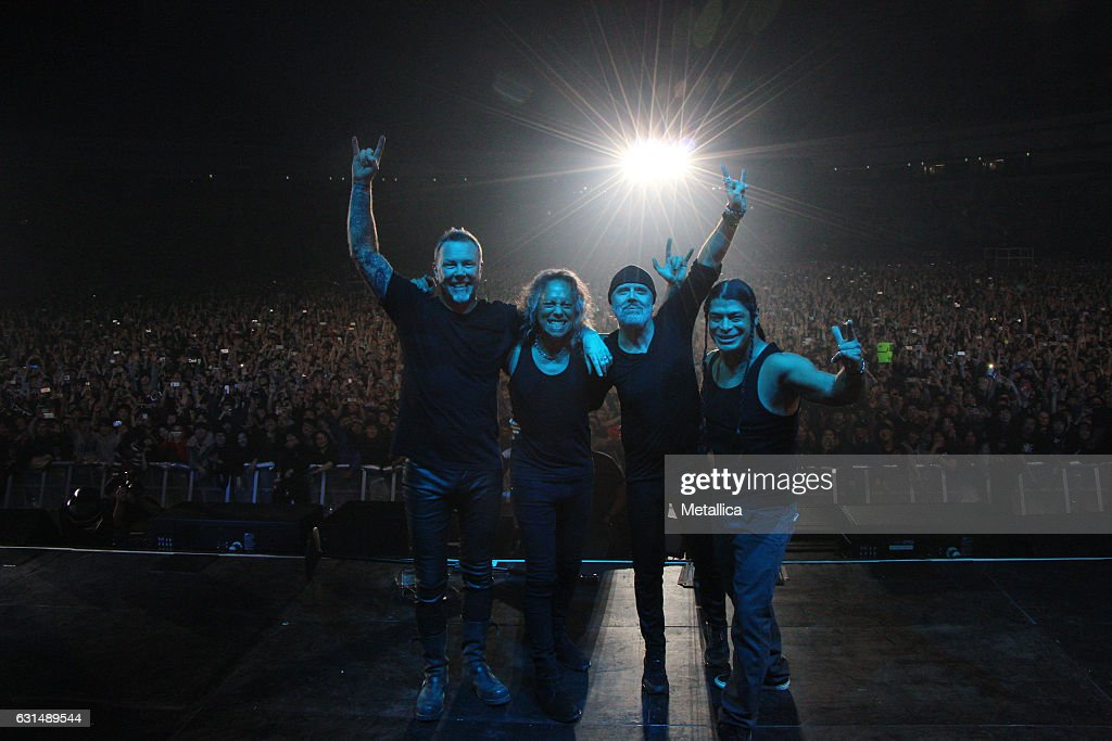 Metallica Performs At Gocheok Sky Dome : News Photo