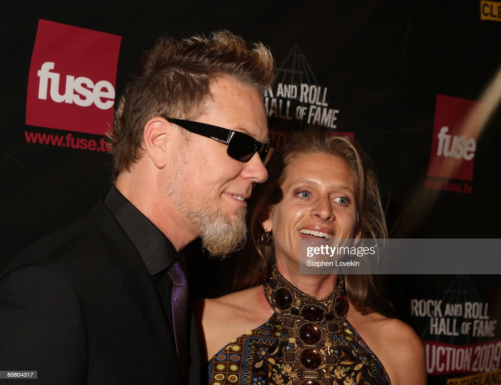 24th Annual Rock And Roll Hall Of Fame Induction Ceremony - Arrivals : News Photo