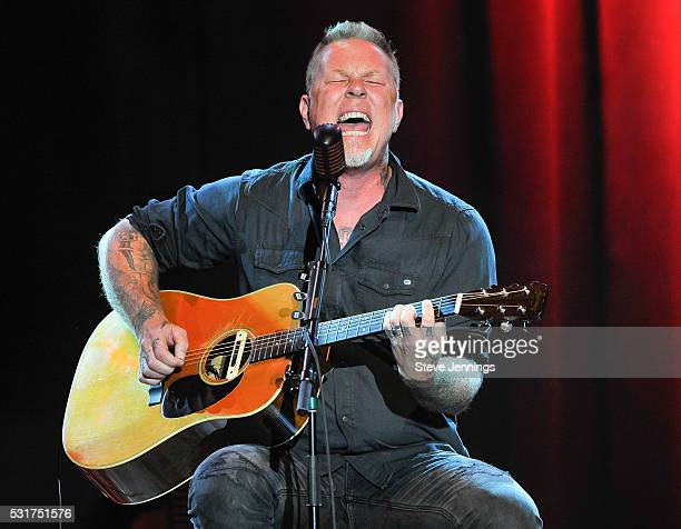 James Hetfield performs at the 3rd Annual Acoustic4ACure concert a Benefit for the Pediatric Cancer Program at UCSF Benioff Children's Hospital at...