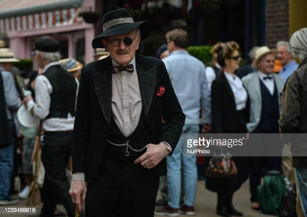 James Joyce enthusiasts seen next to Davy Byrnes Pub, the Dublin 'moral pub' immortalised by James Joyce in Ulysses. Hundreds of people wearing...