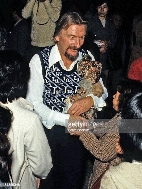 James Last Fans Tournee Osaka Japan Asien 'Hände schütteln' Puppe Geschenk Dirigent Orchesterchef Komponist BandLeader OH/OH