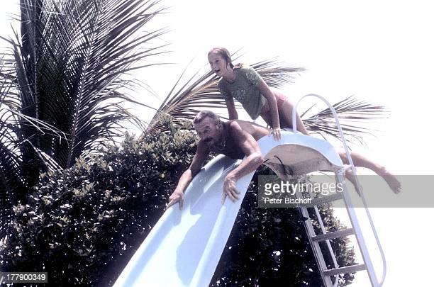 James Last Homestory SilberhochzeitNachfeier 1 Tag nach 25 Hochzeitstag Fort Lauderdale Florida USA Nordamerika Amerika nackter Oberkörper...