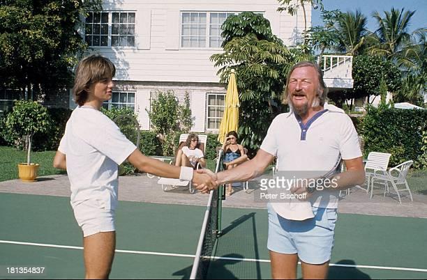 James Last Sohn Ronnie Homestory Fort Lauderdale Florida USA Amerika Vater Kind Palmen TennisCourt 'Hände schütteln' Dirigent Orchesterchef Komponist...