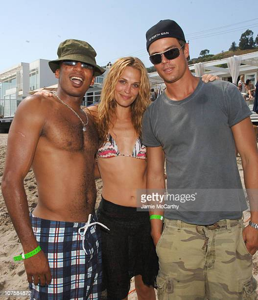 James Lesure Molly Sims and Josh Duhamel during Self Magazine Fun In The Sun Event Hosted by Self's August Cover Girl Molly Sims at The Polariod...