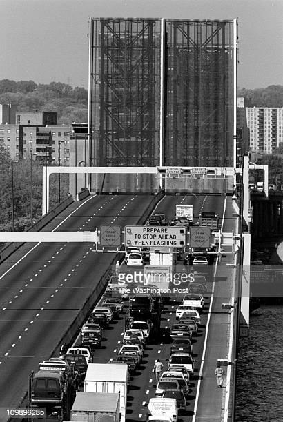 James M. Thresher-TWP Wilson Bridge BRIEF DESCRIPTION: Bridge opening and related traffic Woodrow Wilson Memorial Bridge opened for the passage of a...