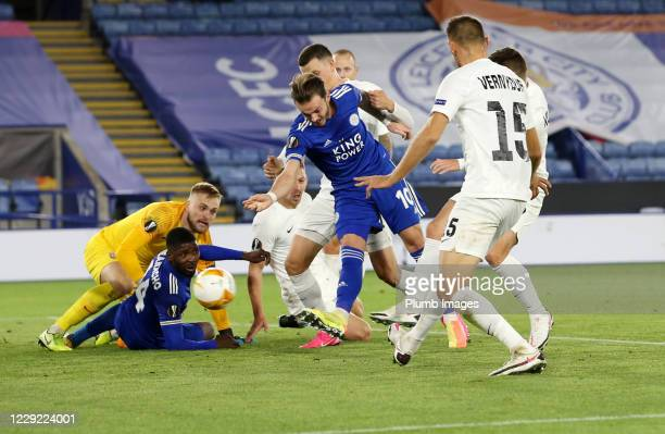 James Maddison of Leicester City scores to make it 1-0 during the UEFA Europa League Group G stage match between Leicester City and Zorya Luhansk at...