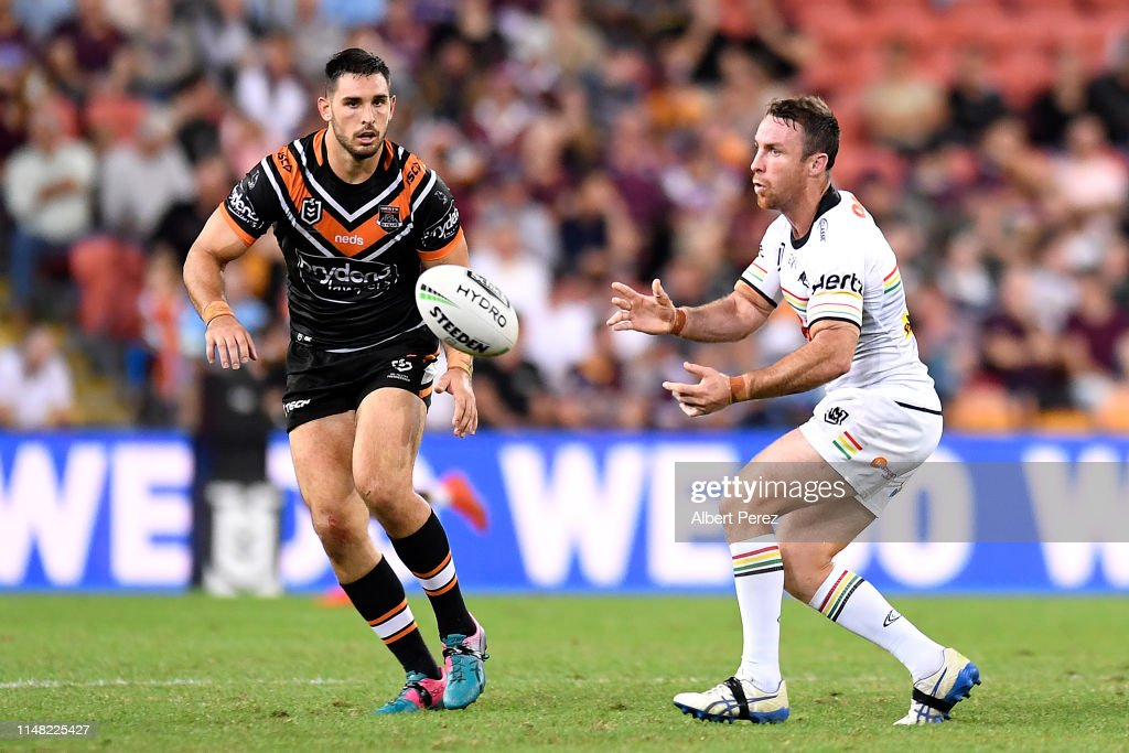 NRL Rd  9 - Tigers v Panthers : News Photo