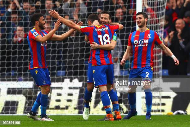 James McArthur of Crystal Palace celebrates with Yohan Cabaye after scoring his sides second goal during the Premier League match between Crystal...