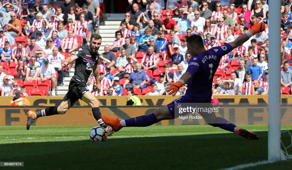 Stoke City v Crystal Palace - Premier League : News Photo