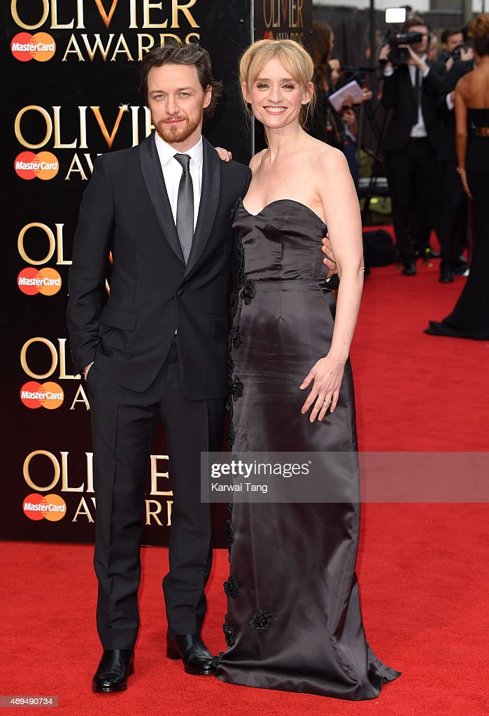 The Olivier Awards - Red Carpet Arrivals : Nachrichtenfoto