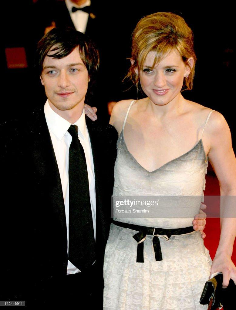 The Orange British Academy Film Awards 2006 - Outside Arrivals : Nachrichtenfoto