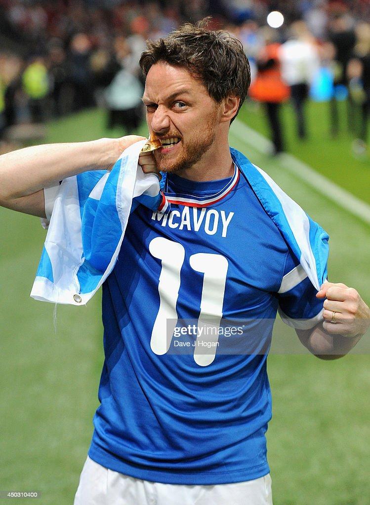 Soccer Aid 2014 : News Photo