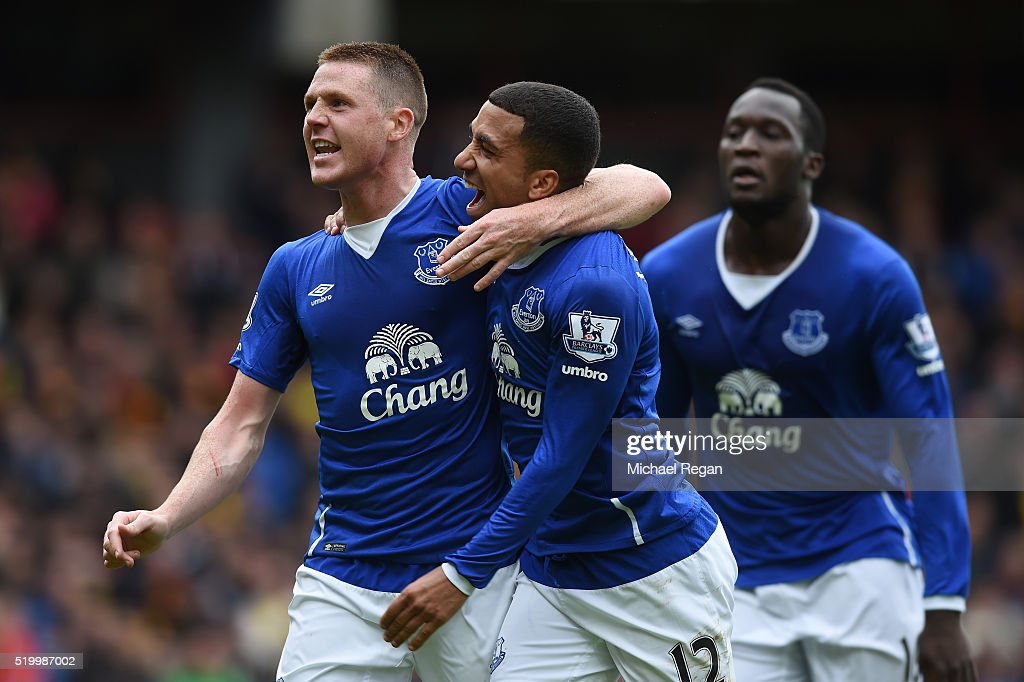 James McCarthy (L) of Everton celebrates scoring his team's first goal with his team mate Aaron Lennon (C) during the Barclays Premier League match between Watford and Everton at Vicarage Road on April 9, 2016 in Watford, England.
