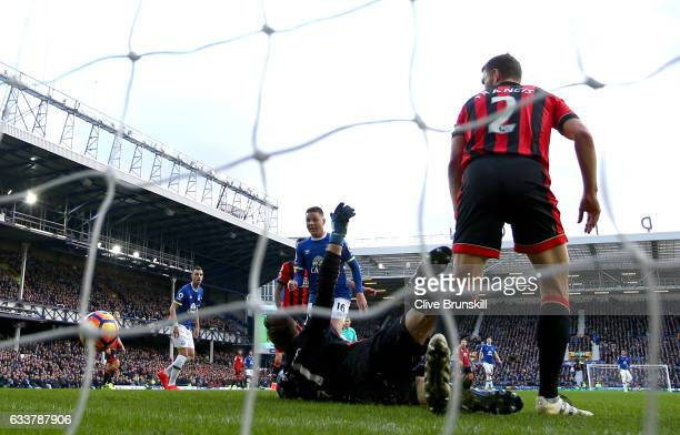 James McCarthy of Everton scores his sides second goal past Artur Boruc of AFC Bournemouth during the Premier League match between Everton and AFC...