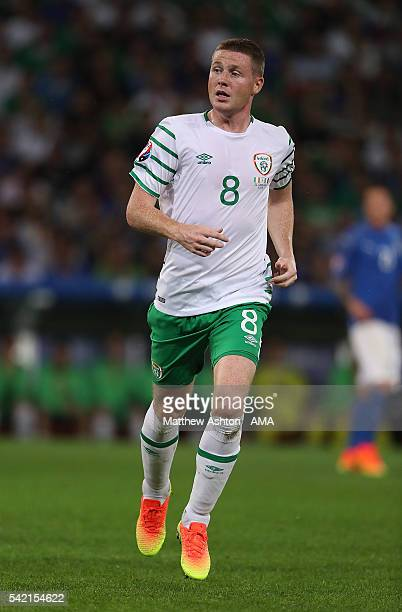 James McCarthy of Ireland in action during the UEFA EURO 2016 Group E match between Italy and Republic of Ireland at Stade PierreMauroy on June 22...