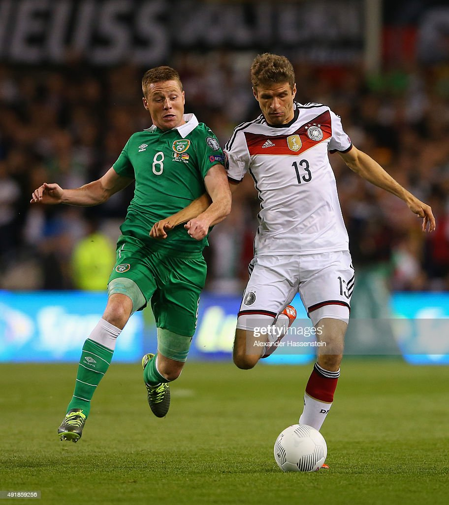 Republic of Ireland v Germany - UEFA EURO 2016 Qualifier : News Photo