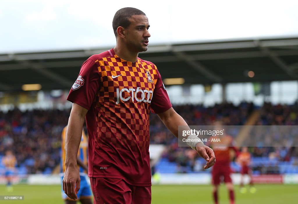 Shrewsbury Town v Bradford City - Sky Bet Football League One