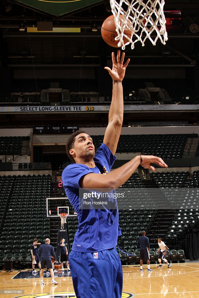 James Michael McAdoo #20 of the Golden State Warriors warms up before the game against the Indiana Pacers on December 8, 2015 at Bankers Life Fieldhouse in Indianapolis, Indiana.
