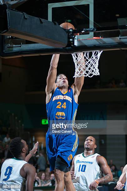 James Michael McAdoo of the Santa Cruz Warriors dunks the ball against the Reno Bighorns during an NBA DLeague game on January 31 2015 at the Reno...