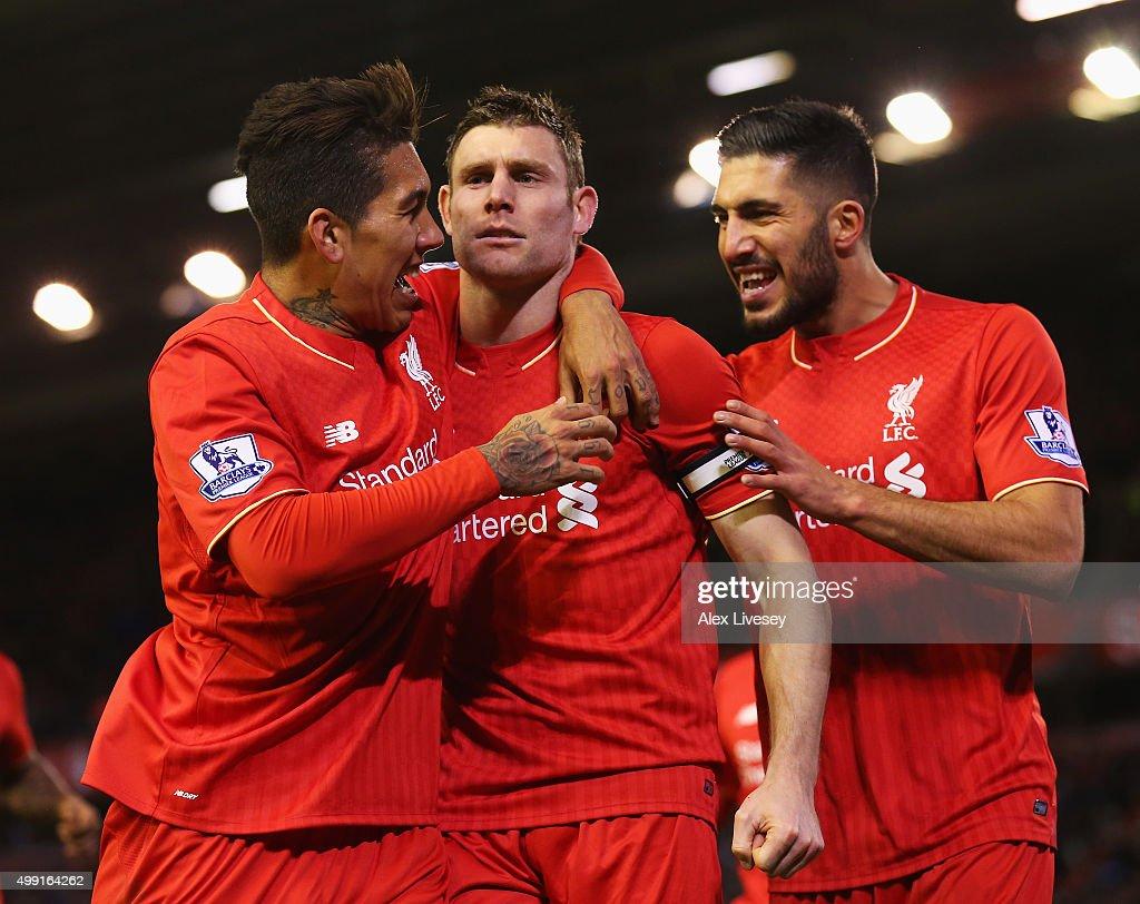 Liverpool v Swansea City - Premier League : Nachrichtenfoto