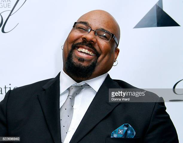 James Monroe Iglehart attends the 2016 Drama League Award Nominee Announcement Ceremony at Sardi's on April 20, 2016 in New York City.