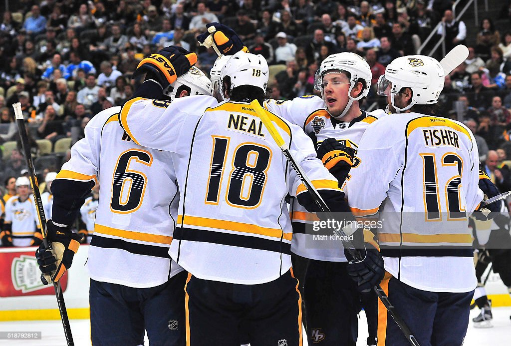 James Neal #18 of the Nashville Predators is congratulated by teammates after scoring a goal against the Pittsburgh Penguins at Consol Energy Center on March 31, 2016 in Pittsburgh, Pennsylvania.