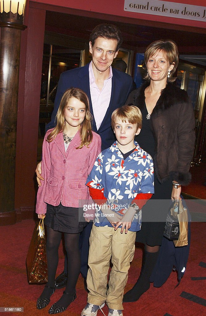 Mary Poppins - Gala Preview : News Photo