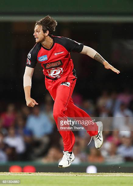 James Pattinson of the Renegades bowls during the Big Bash League match between the Sydney Sixers and the Melbourne Renegades at Sydney Cricket...