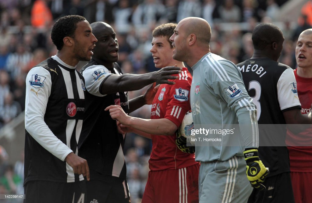James Perch of Newcastle United (L) and Pepe Reina of Liverpool (R) argue during the Barclays Premier League match between Newcastle United and Liverpool at The Sports Direct Arena on April 01, 2012, in Newcastle upon Tyne, England.