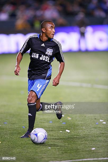 James Riley of the San Jose Earthquakes dribbles the ball during the MLS soccer match against the Los Angeles Galaxy at Home Depot Center on April 3...