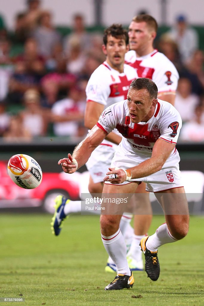 James Roby of England passes the ball during the 2017 Rugby League World Cup match between England and France at nib Stadium on November 12, 2017 in Perth, Australia.