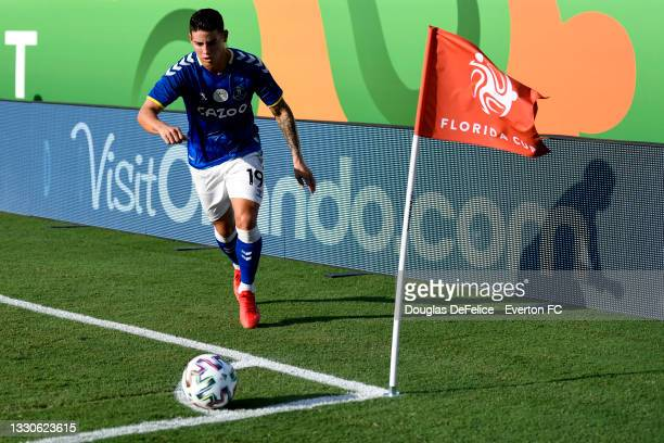 James Rodríguez of Everton FC looks to kick a corner kick during the first half against the Millonarios FC at Camping World Stadium on July 25, 2021...