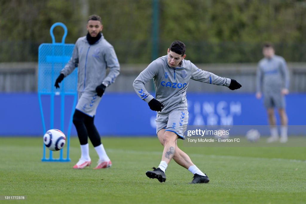 Everton Training Session : News Photo