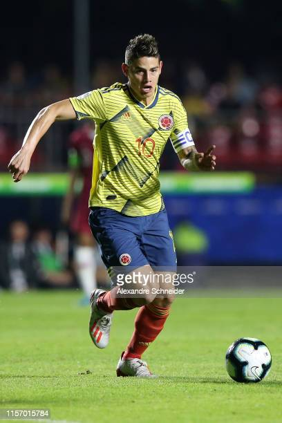 James Rodriguez of Colombia controls the ball during the Copa America Brazil 2019 group B match between Colombia and Qatar at Morumbi Stadium on June...