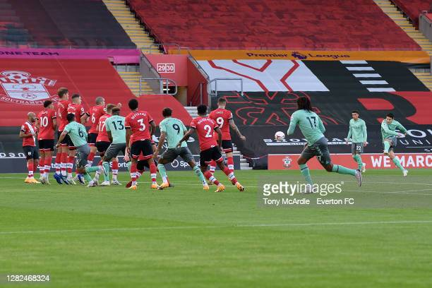 James Rodriguez of Everton takes a free kick at goal during the Premier League match between Southampton and Everton at St Mary's Stadium on October...