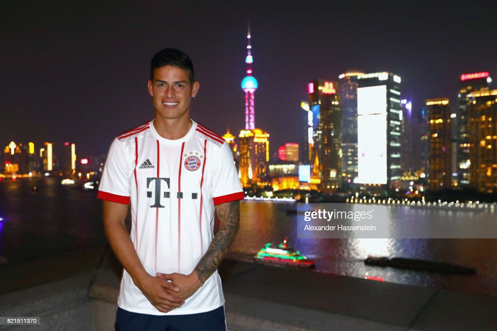 James Rodriguez of FC Bayern Muenchen poses for a picture with the Shanghai Bund in the background during the Audi Night 2017 at Wanda Reign Hotel Shanghai during the Audi Summer Tour 2017 on July 20, 2017 in Shanghai, China.